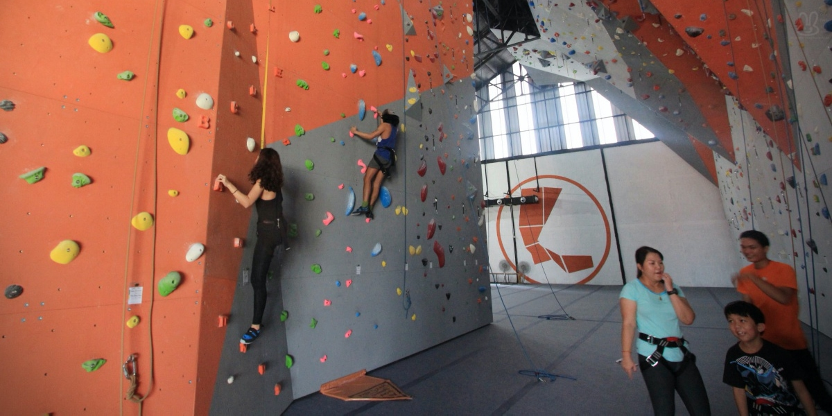 F5 Climbing Center