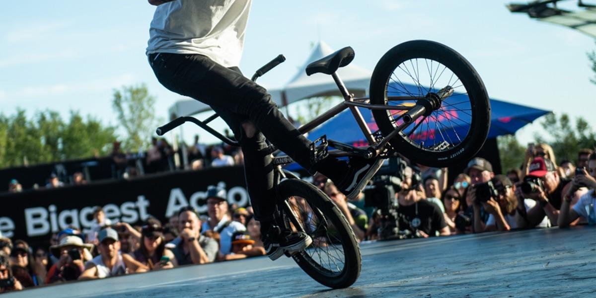 ประเภทการแข่งขันจักรยาน BMX FLATLAND