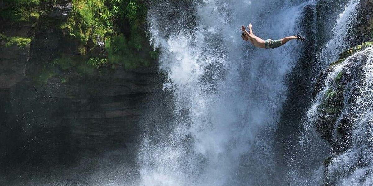 Cliff Jumping ดิ่งสู่เบื้องล่างโดยไร้สิ่งป้องกัน